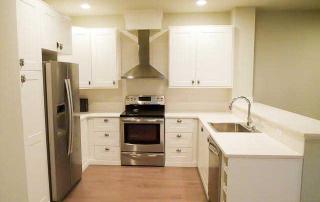 6207 SW 21st kitchen
